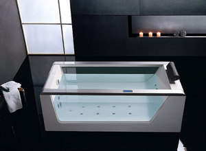 Гидромассажная акриловая ванна