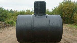 Емкости для канализации: пластиковые колодцы и резервуары