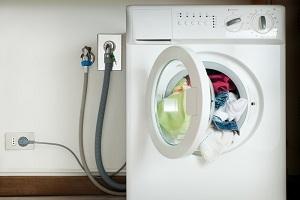 Как самостоятельно правильно установить и подключить стиральную машину: практические рекомендации профессионалов