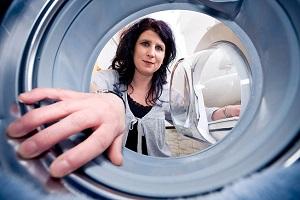 Как очистить стиральную машину-автомат от накипи и грязи: описание быстрых и эффективных способов удаления