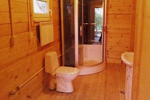 Установка унитаза на деревянный пол: особенности крепления и пошаговая инструкция по монтажу своими руками