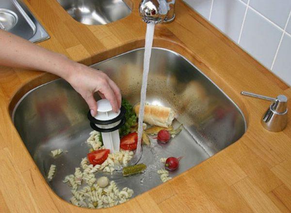 Измельчение пищевых отходов в диспоузере