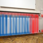 Радиатор отопления сверху горячий, а снизу холодный — что делать