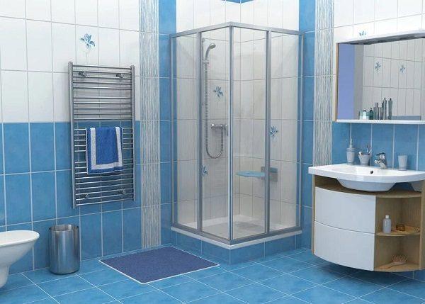 Ванная в бело-голубой гамме