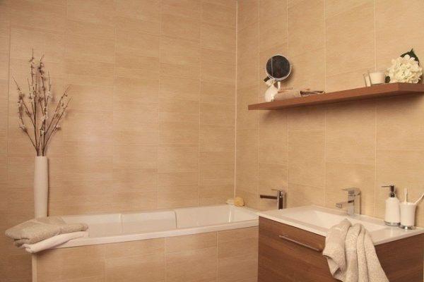 Однотонная ванная комната