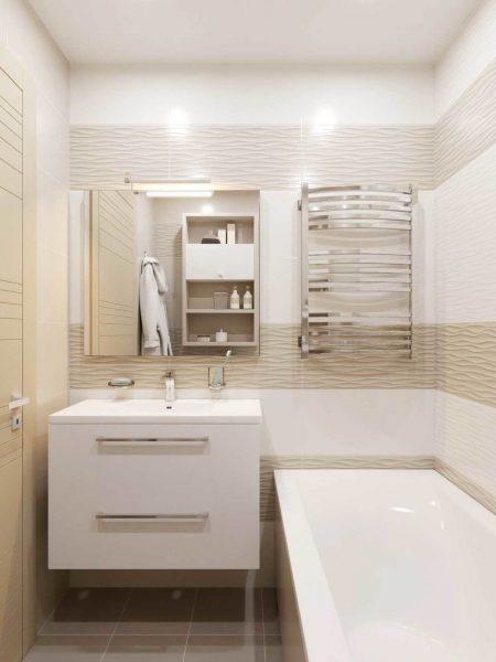 Ванная комната в белых и бежевых тонах