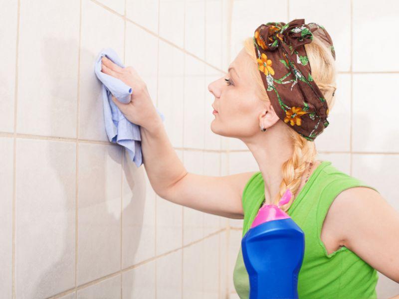 Чем помыть кафель: ванная будет блестеть