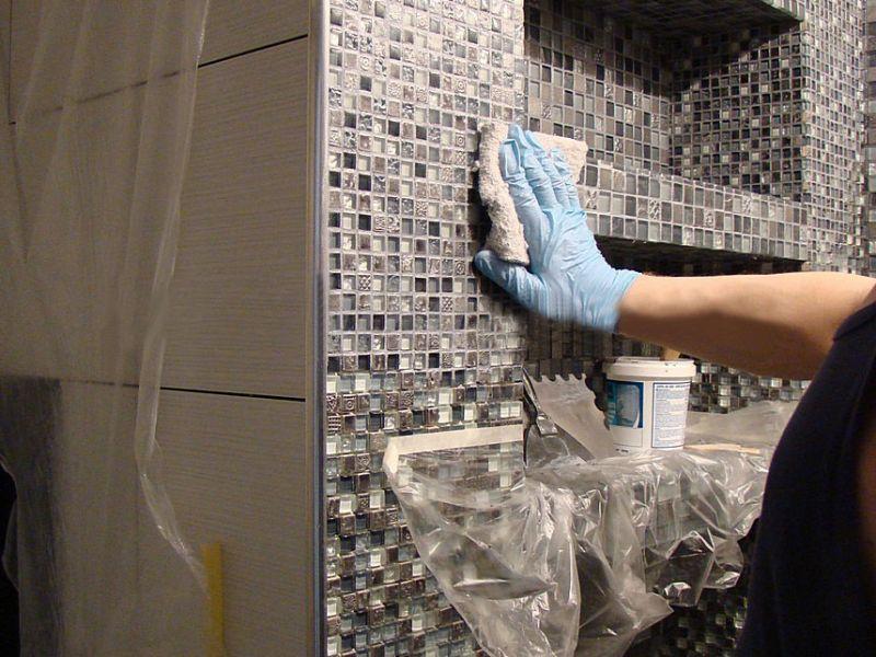 Чем отмыть плитку в ванной после ремонта