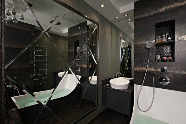 Зеркальная плитка в ванной комнате тёмных тонов