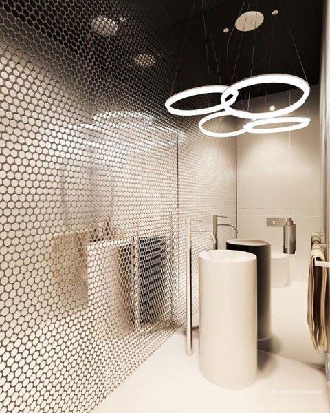 Зеркальная шестигранная мозаика в ванной