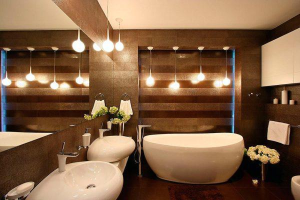 освещение зоны купания в ванной комнате