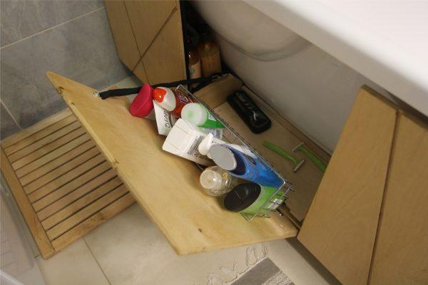 Шкаф под ванной