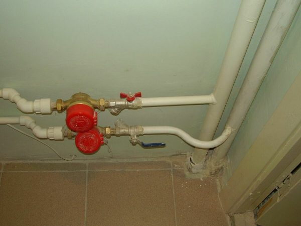 Водопроводные трубы в квартире