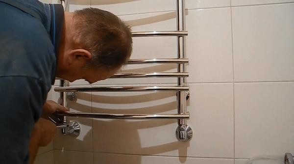 Ремонт полотенцесушителя