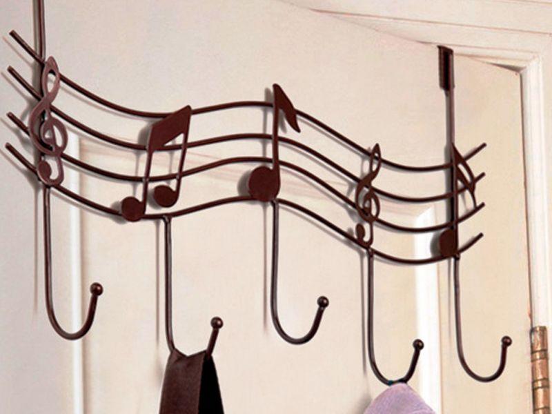Оригинальные крючки для полотенец в ванную комнату: фото