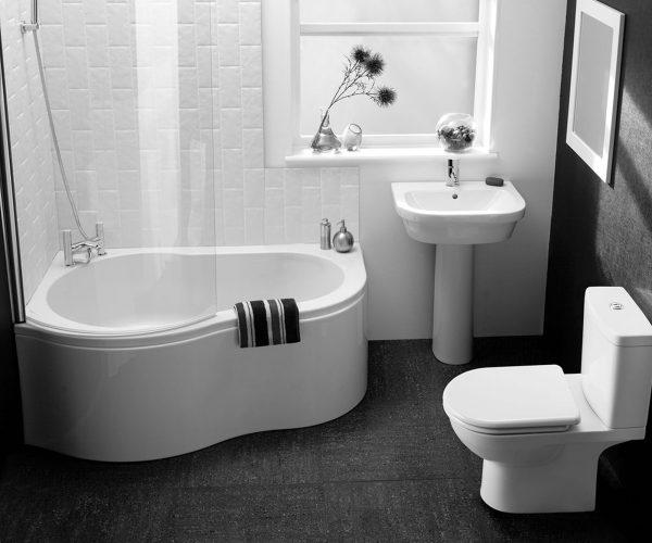 как обыграть белую плитку в ванной