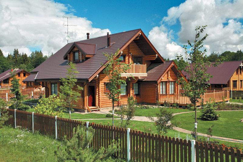 Расстояние от дома до забора — нормы построек по отношению к соседнему участку (СНиП)