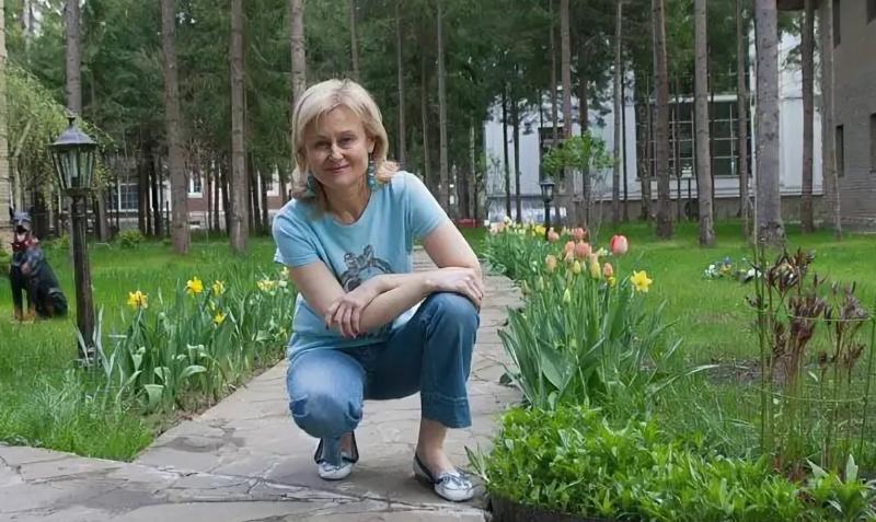 Что растет в садах и огородах у российских знаменитостей - Интерьер